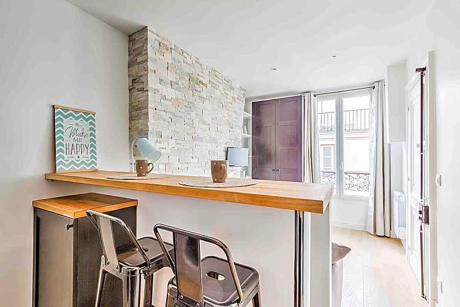 Bonne affaire immobilière studio Paris à refaire pour investissement locatif